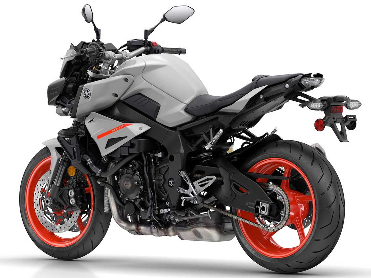 Honda Cb1000r Vs Yamaha Mt 10 Duel Boom In The New Era