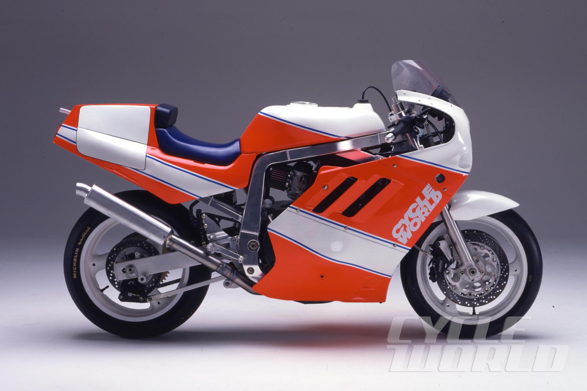 Team Cycle World Project Suzuki GSX-R 1100 Endurance Racer