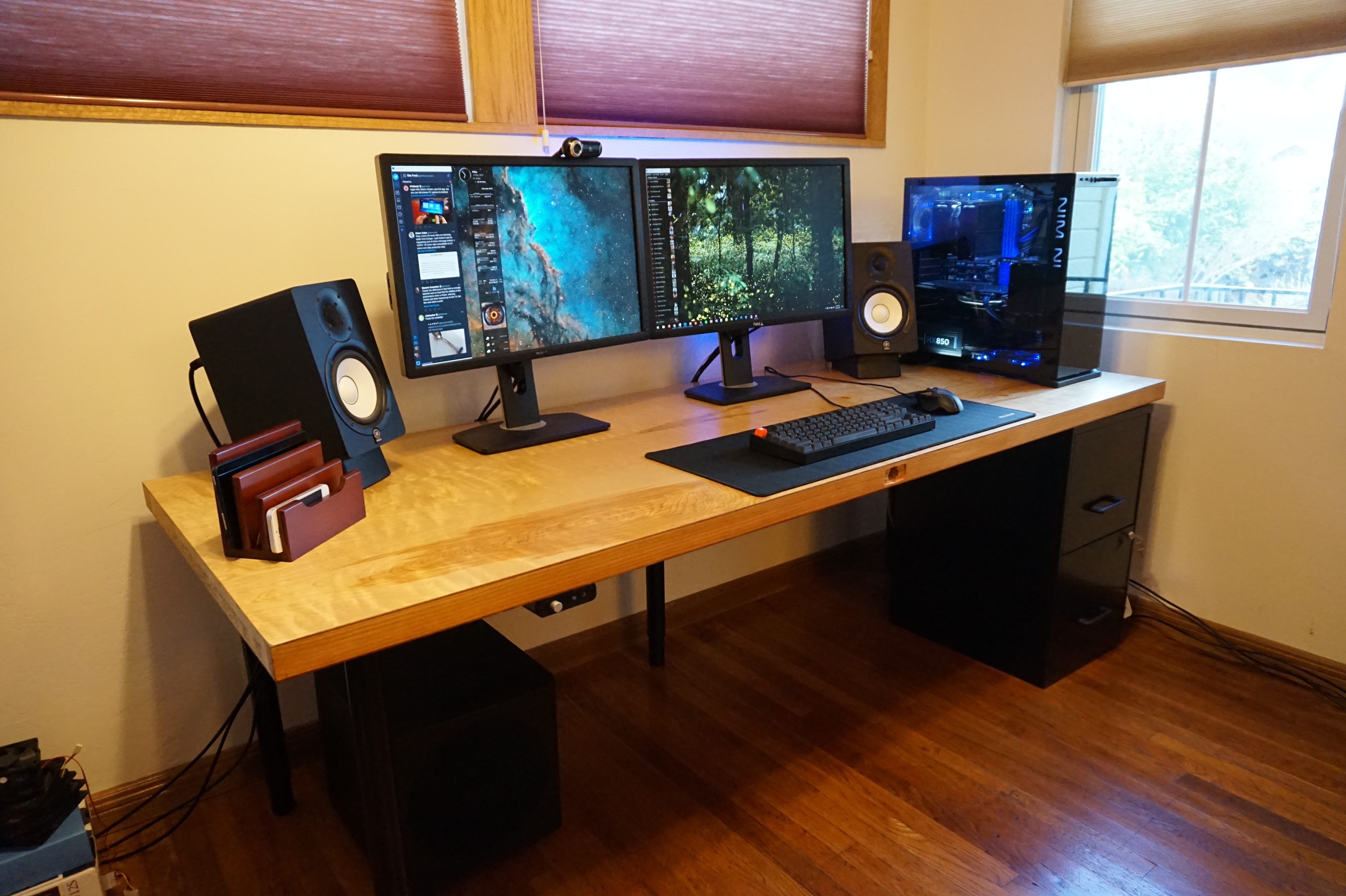 Save Hundreds Of Dollars On A Custom Computer Desk By Building It