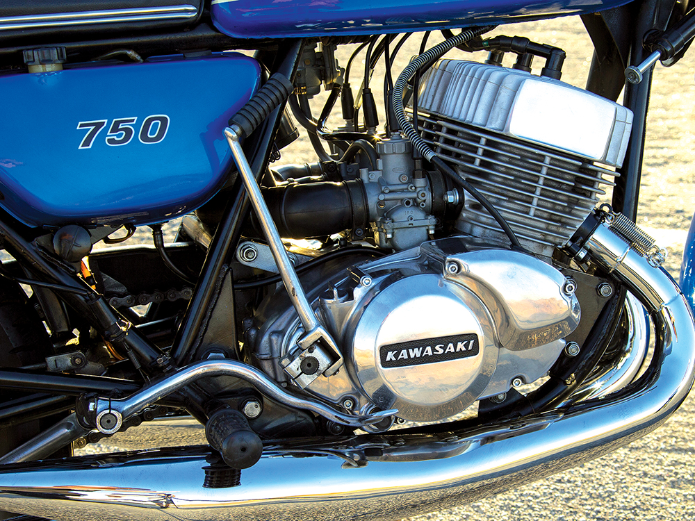 CLASSIC TWO-STROKE MOTORCYCLES: 1972 Kawasaki's Widowmaker