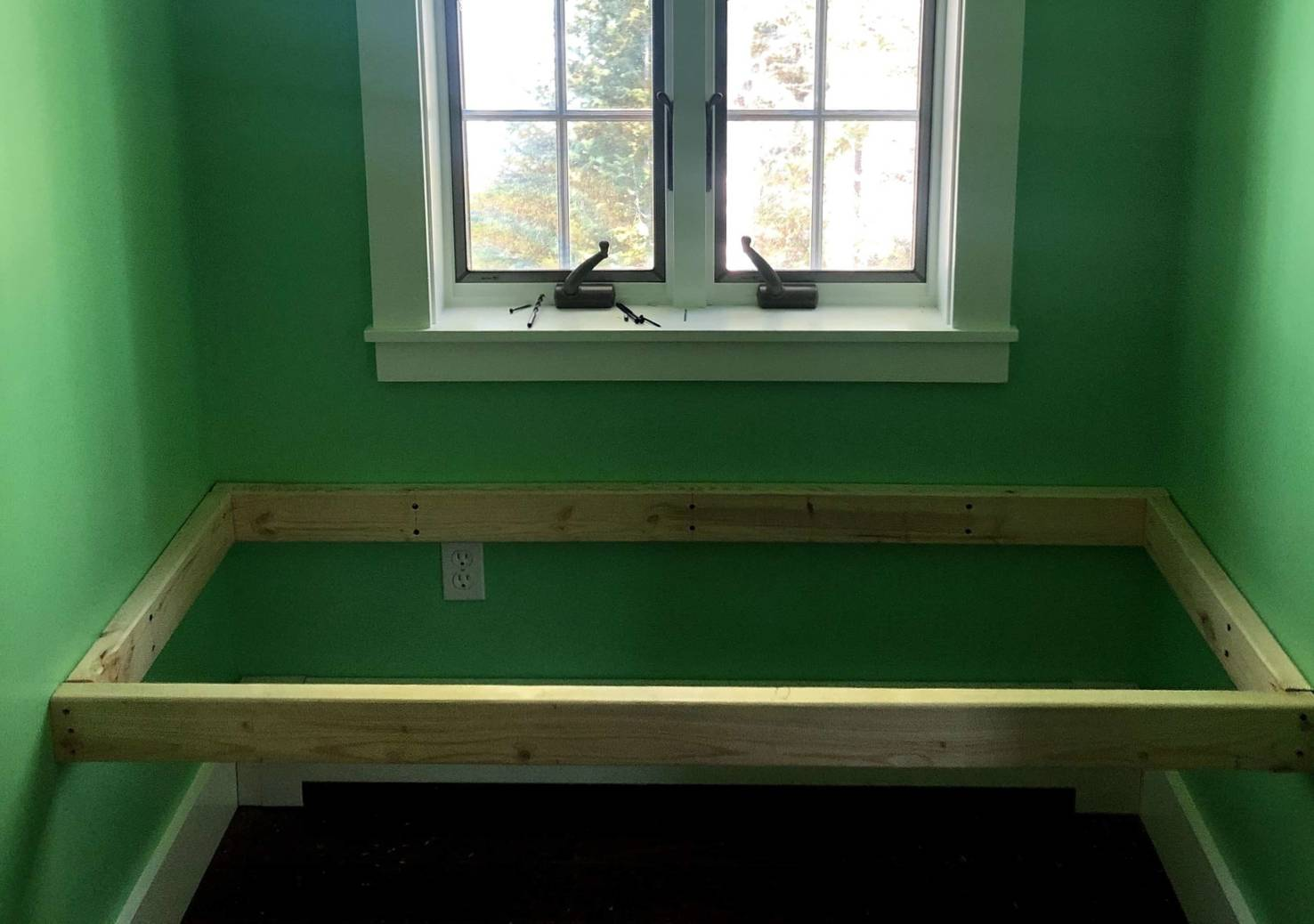 Upgrade Your Home With A Cozy Window Seat Popular Science