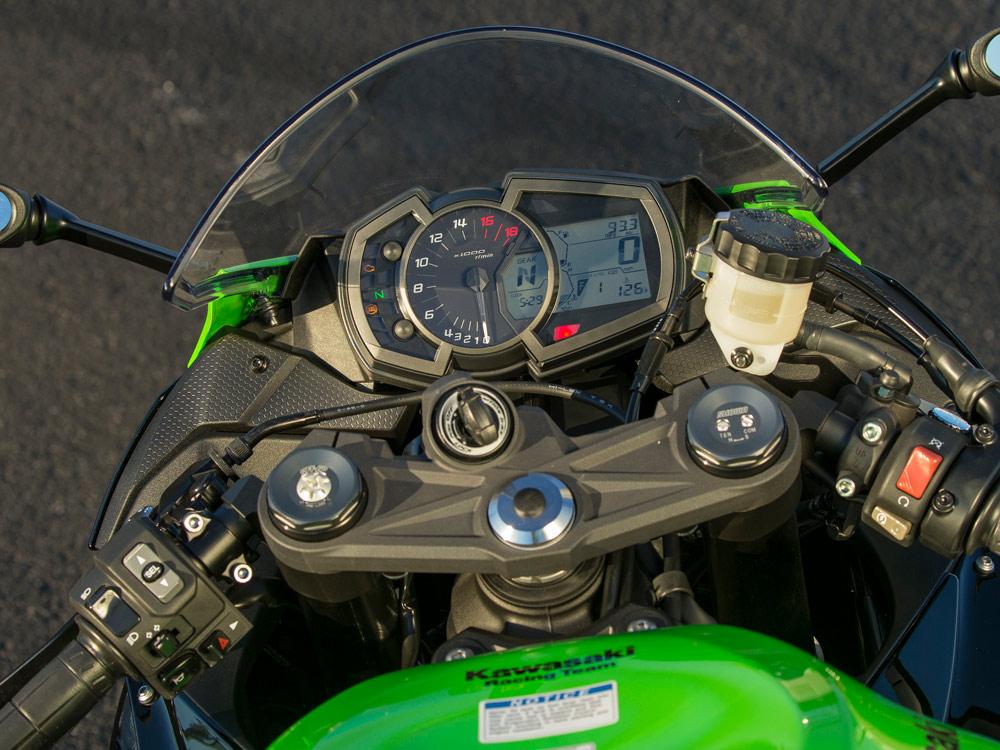 2019 Kawasaki Ninja ZX-6R First Ride | Cycle World
