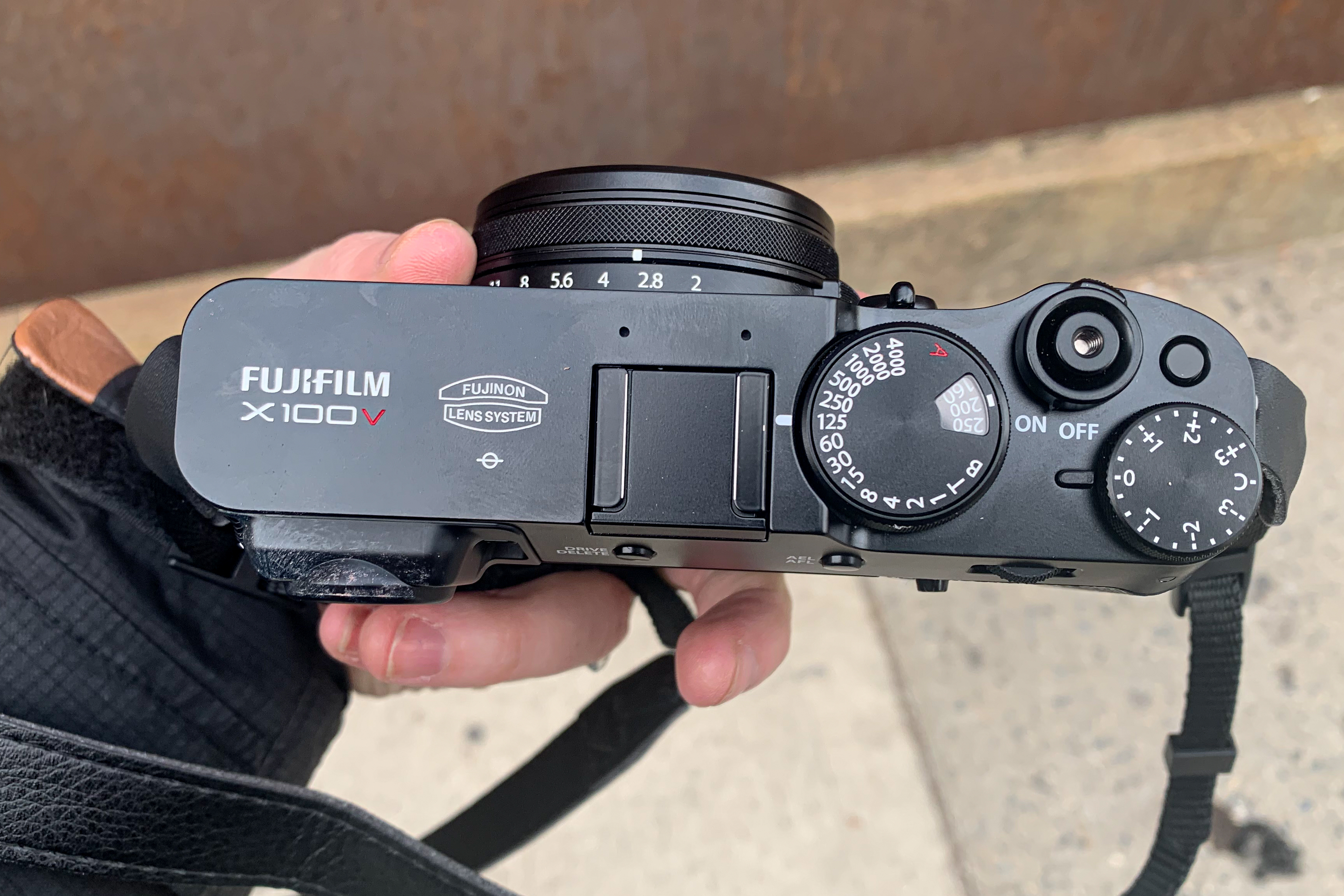 Fujifilm's X100V improves on one of the best all-around compact cameras