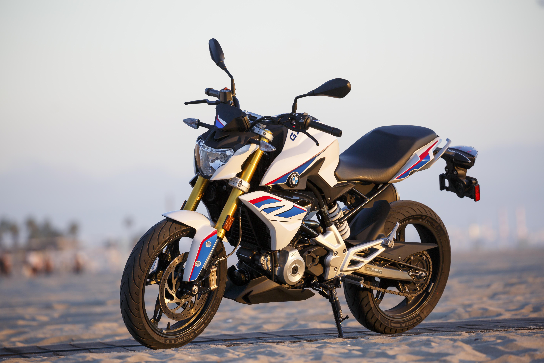 Modish BMW G310R vs Honda CB300F | Motorcyclist CD46