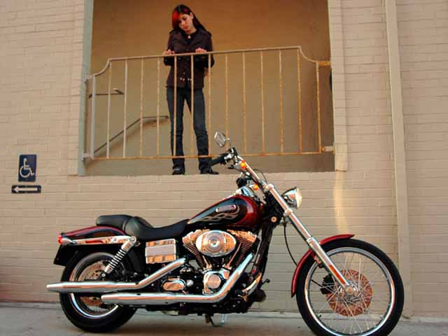 Born to Be Wide: 2006 Harley-Davidson FXDWGI Dyna Wide Glide