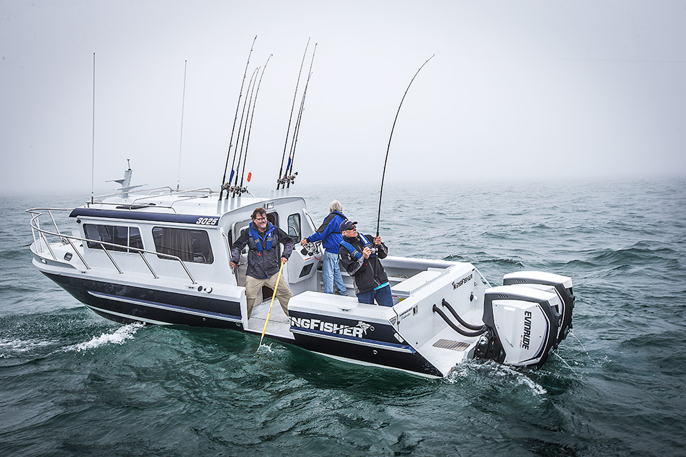 6 Ways to Troll Slow With Your Boat | Sport Fishing Magazine