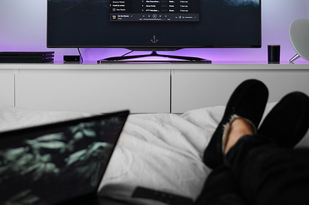Sleeping with your screens on is bad for you, whether you know it or not