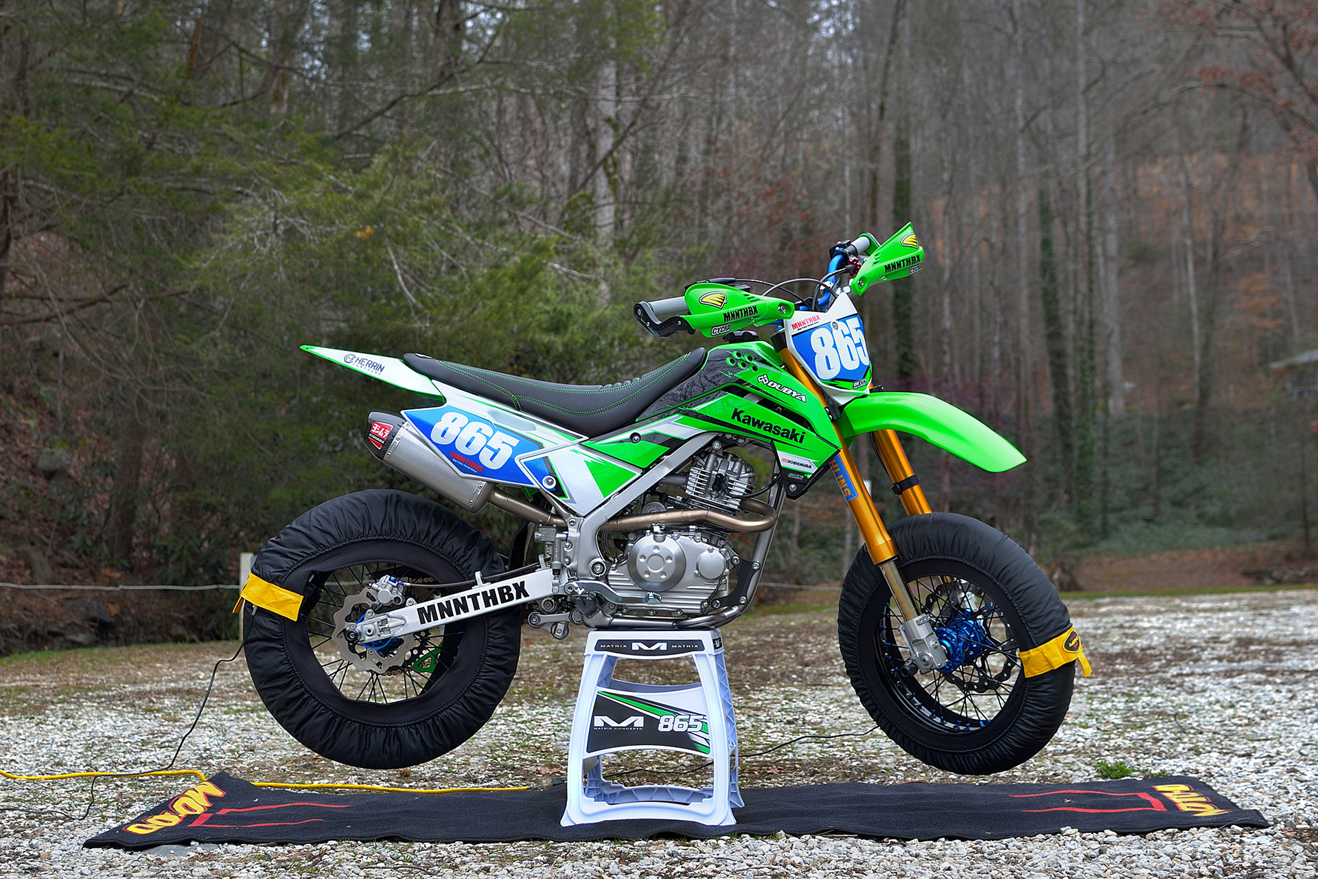 Amazing Mnnthbx Upgrades A Kawasaki Klx140G To Destroy Backroads And Pabps2019 Chair Design Images Pabps2019Com
