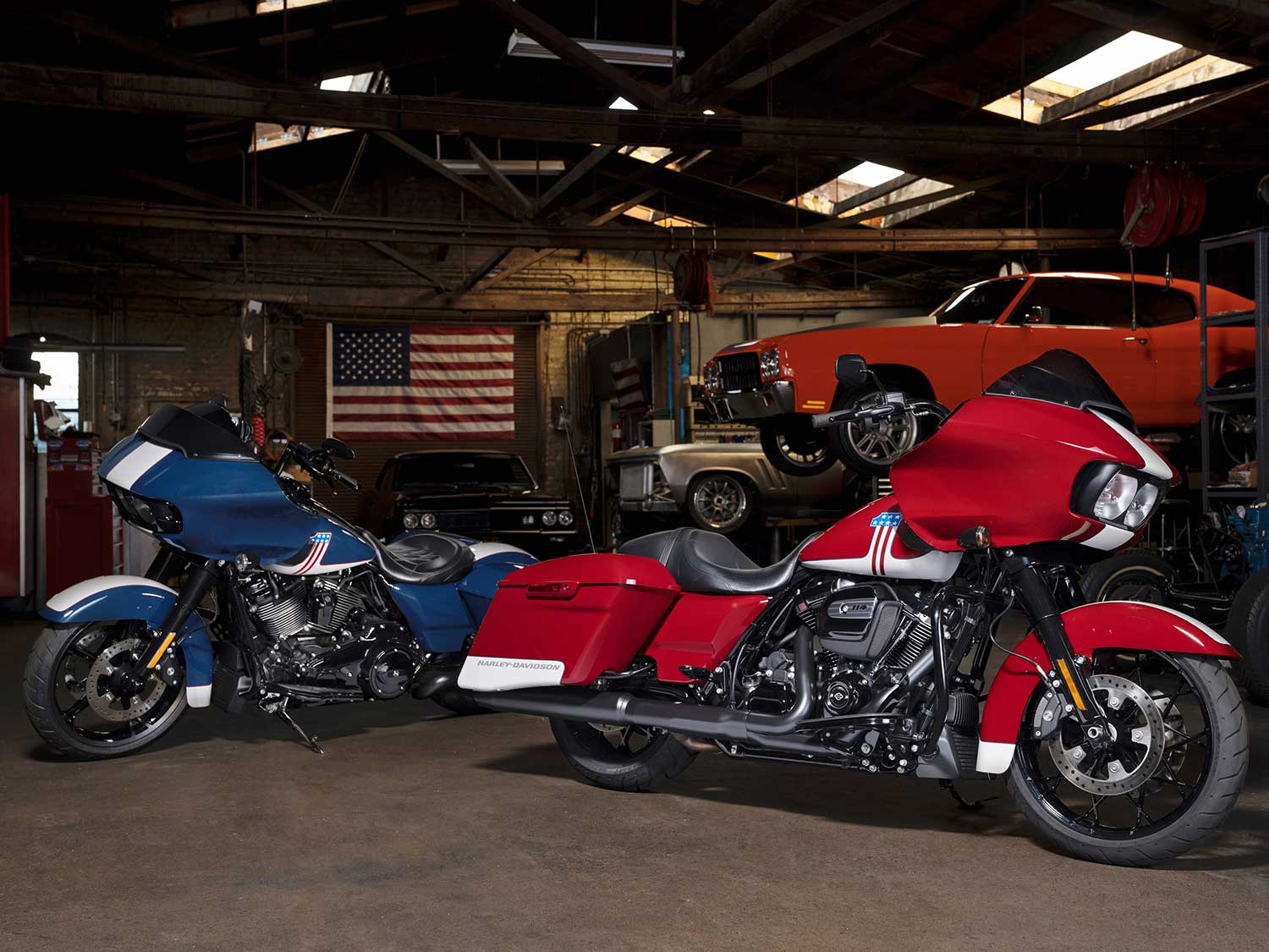 Harley Davidson Debuts New Paint For Road Glide Motorcycle Cruiser