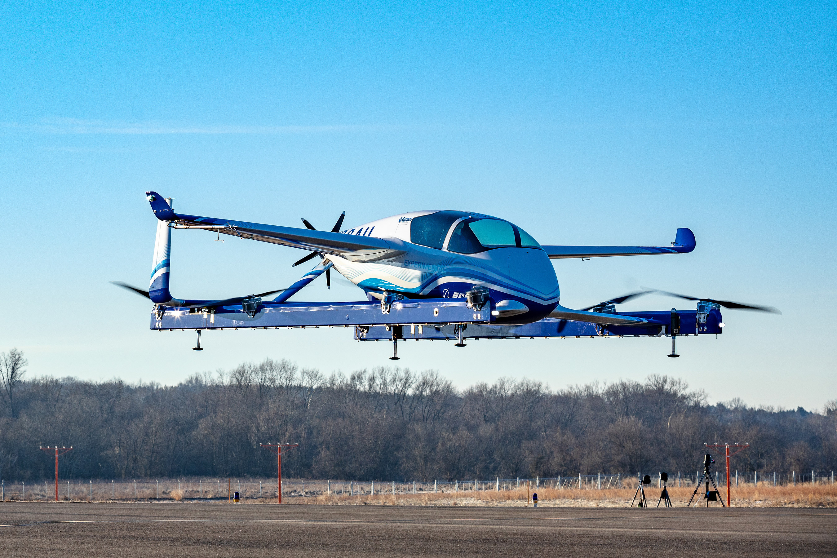 This new box full of sensors could help more flying machines get off the ground