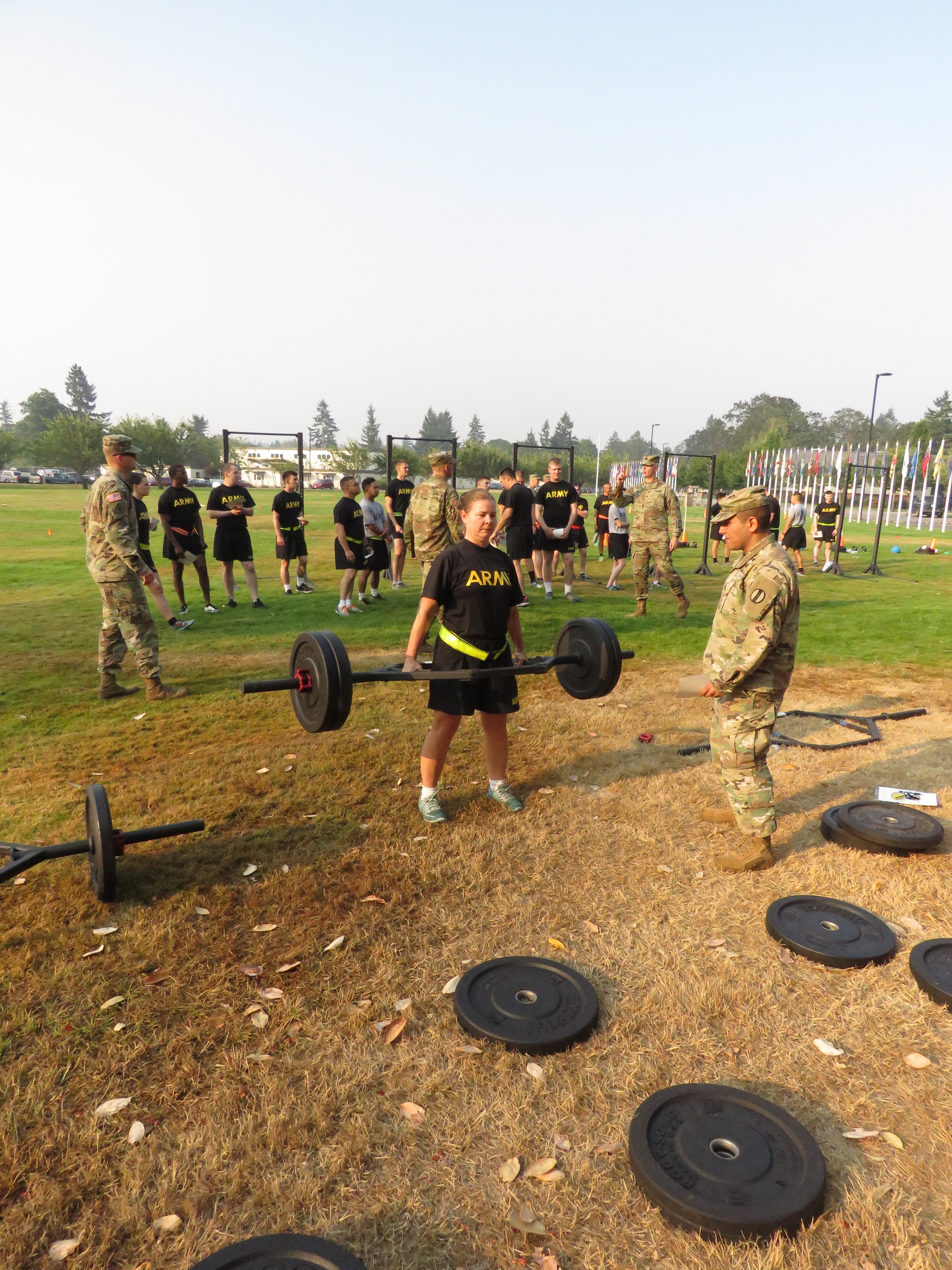 Here's what the U S  Army's new gender-neutral fitness test