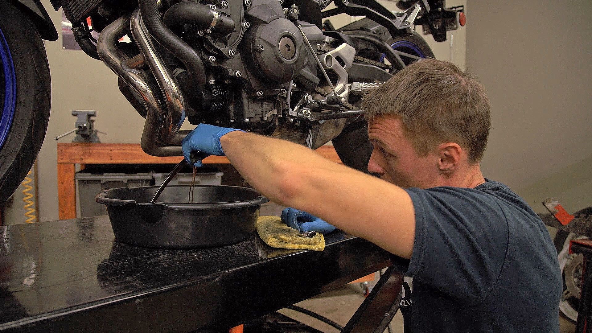 Mineral Oil Or Synthetic Oil For Motorcycles? | Motorcyclist