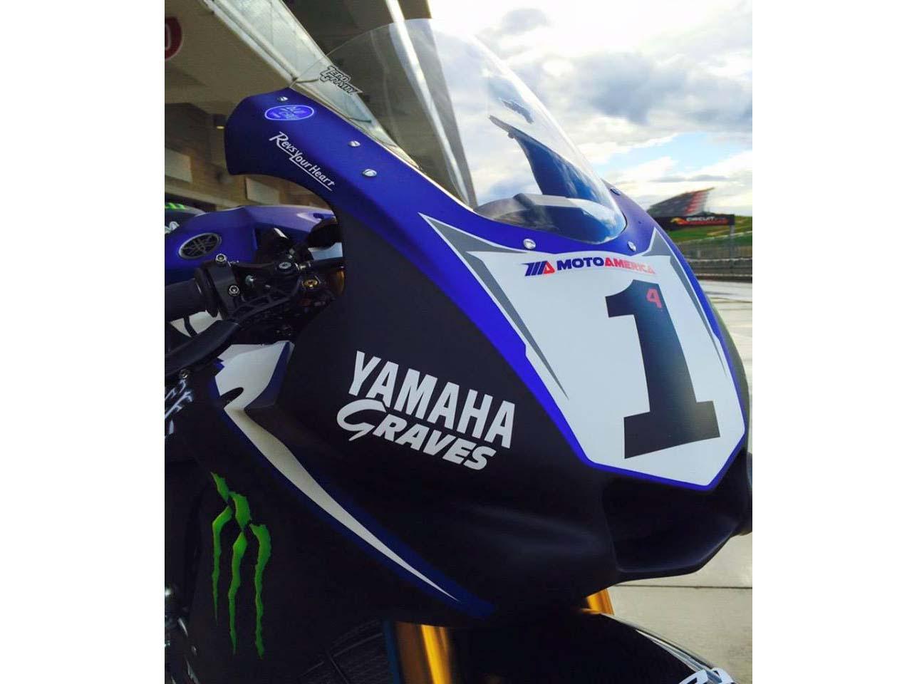 Photos: Yamaha Unveils Monster Energy Graves Yamaha R1