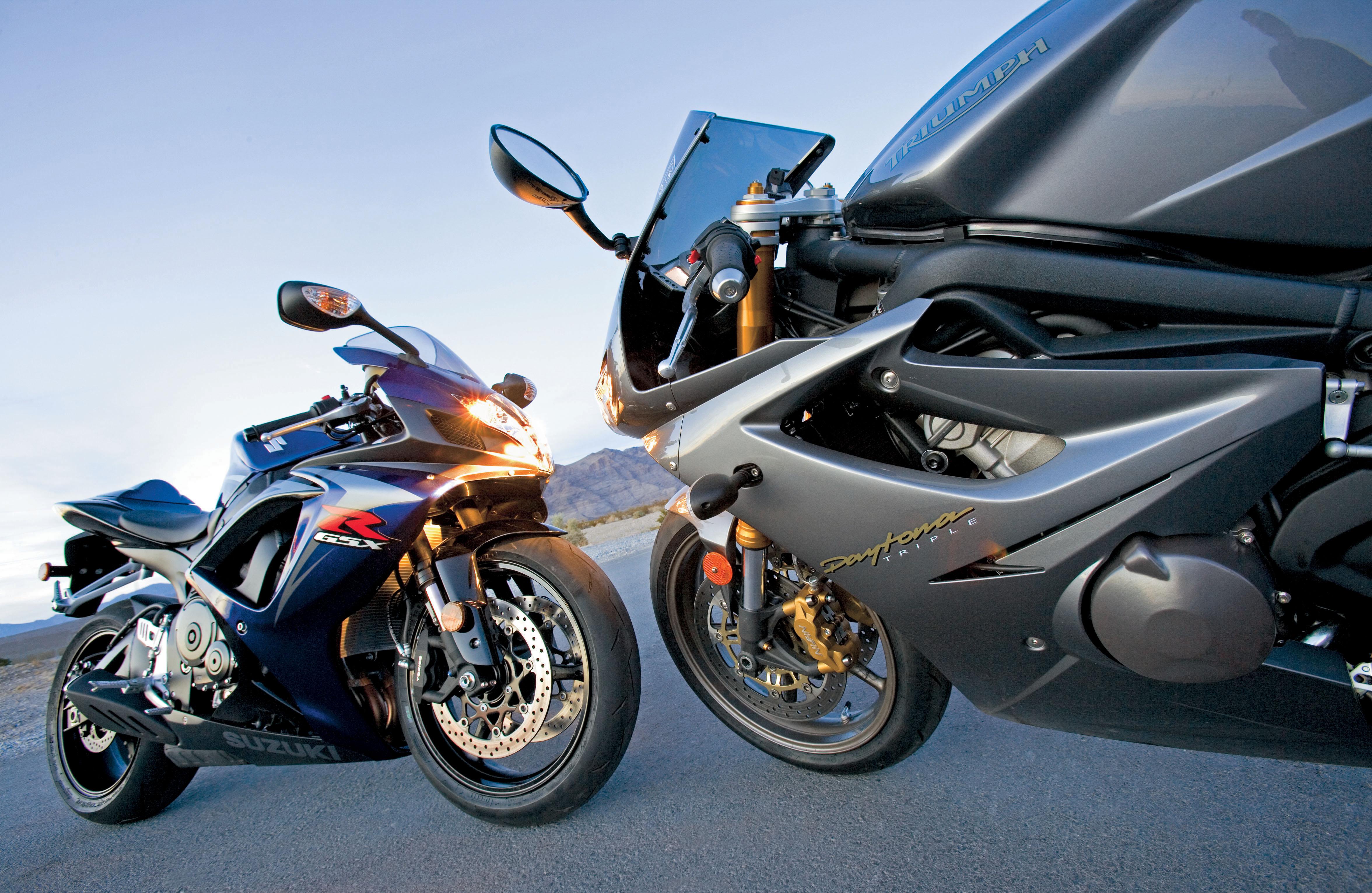 Suzuki GSX-R750 vs  Triumph Daytona 675 Motorcycle Review