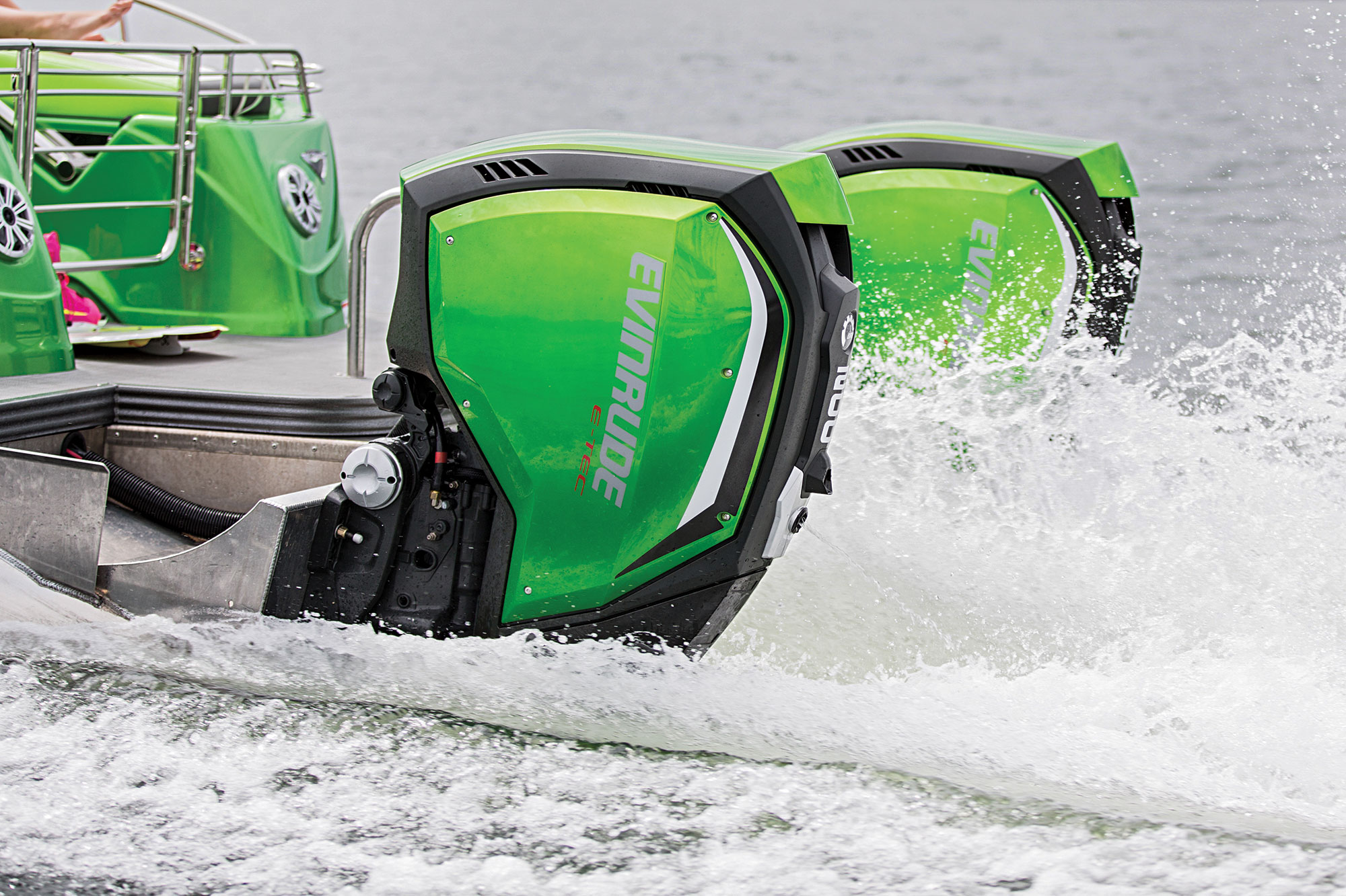 Fast Pontoon Boats | Boating Magazine