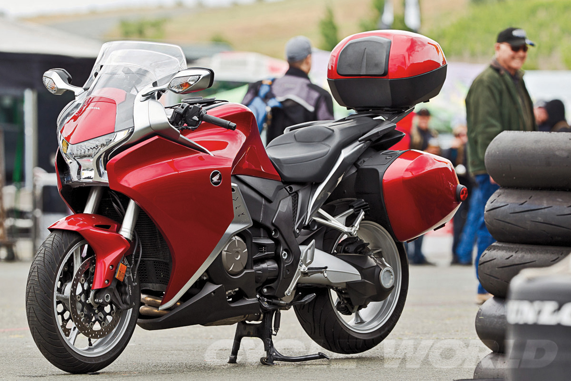 Honda VFR1200F DCT Long-Term Test Update Review- Motorcycle Tests