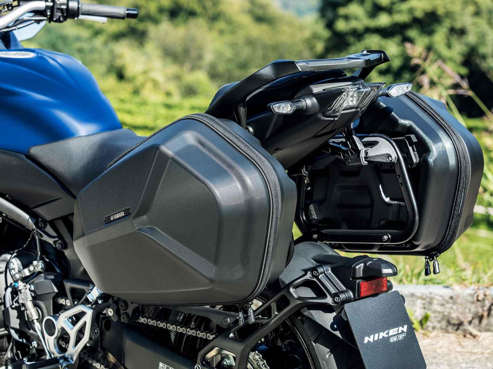 2019 Yamaha Niken Gt Three Wheeler First Look Motorcyclist