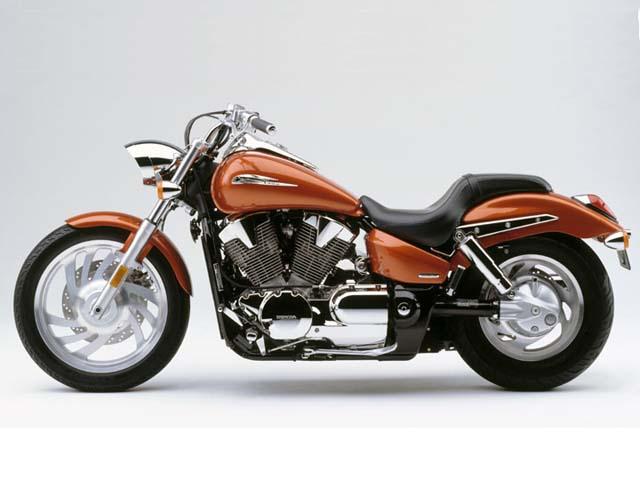 Motorcycle Road Test: Honda VTX1300C and VTX1300S