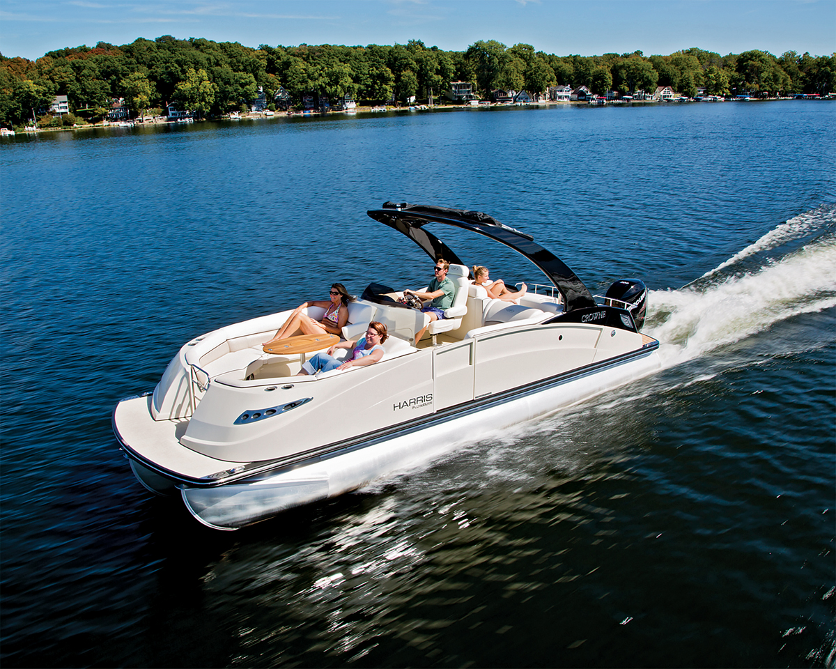 Essential Traits of the Best Pontoon Boats | Boating Magazine