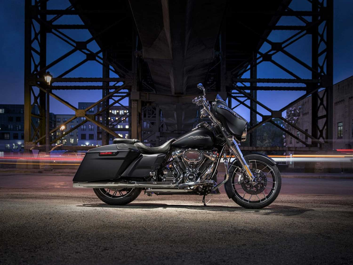 Harley S Special Introduces New Bagger Accessories Motorcycle Cruiser