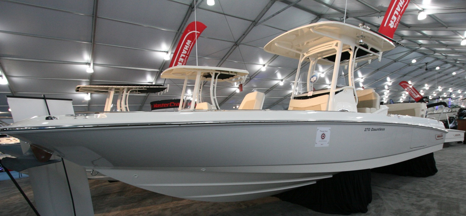 Center Console Fishing Boats to 30 Feet at the 2017 Miami