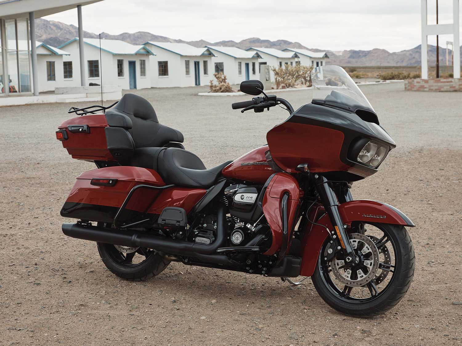 2020 Harley Davidson Road Glide Limited First Look Motorcycle Cruiser