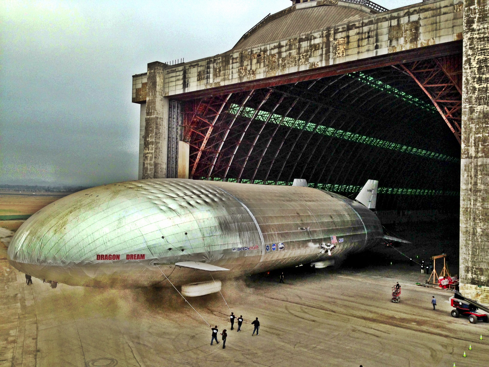 Aeroscraft Shows Off Its Giant Airship | Popular Science