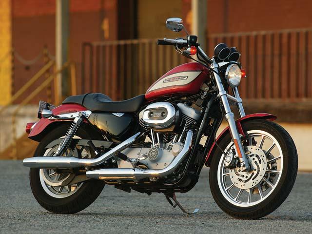 Harley-Davidson XL 1200R Sportster and Triumph Thruxton