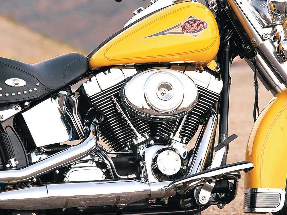 Retro Review of the 2000 Harley-Davidson Heritage Softail