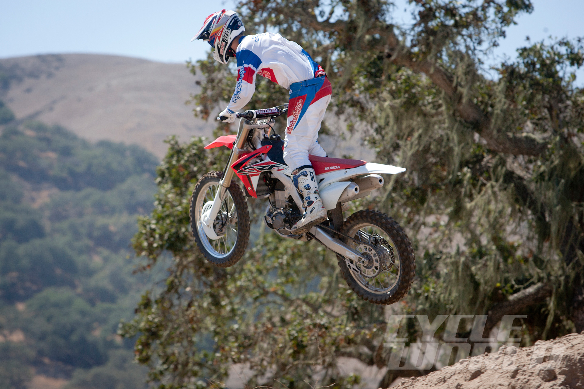 Cool 2015 Honda Crf450R Motocrosser First Ride Review Photos Evergreenethics Interior Chair Design Evergreenethicsorg