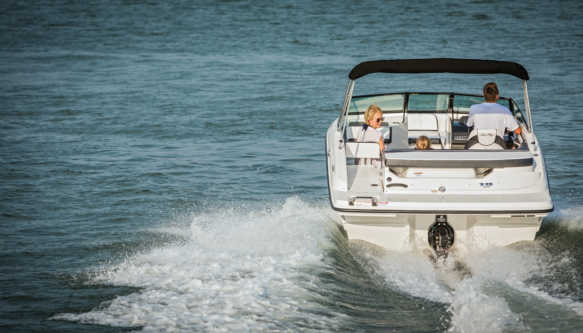 Sea Ray 19 SPX | Boating Magazine
