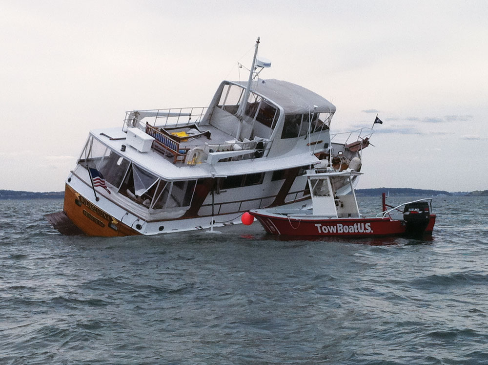 11 Tips for Avoiding Boat Accidents | Boating Magazine