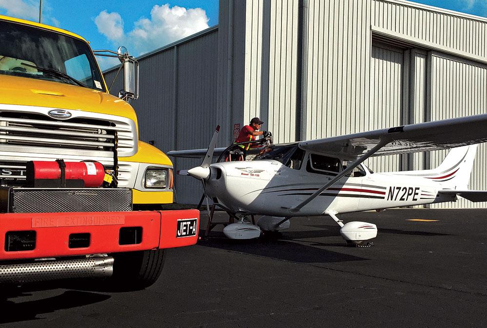 Cessna 172 Skyhawks Reborn | Flying