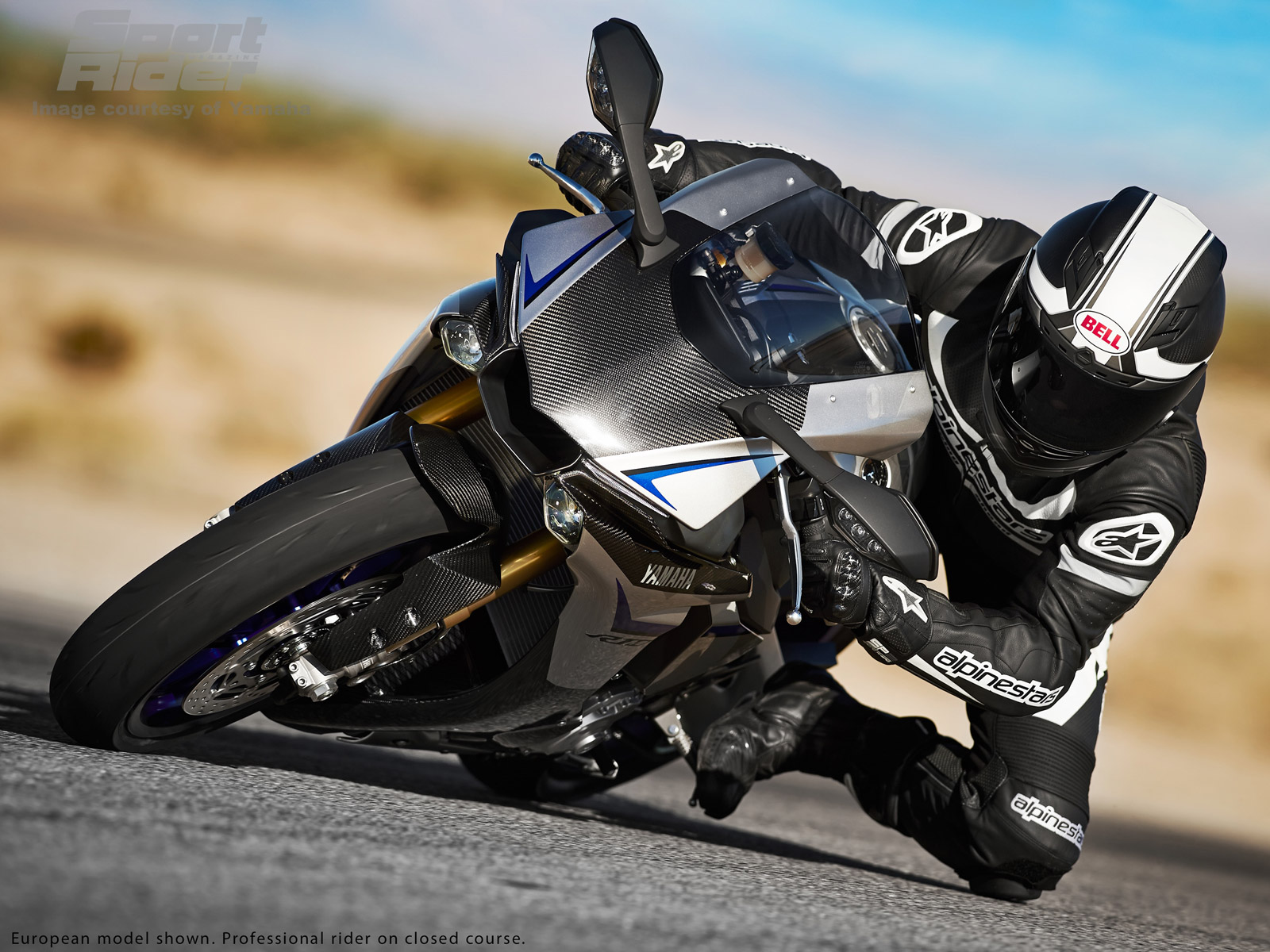 Image Gallery The 2015 Yamaha Yzf R1 And R1m In Action Cycle World