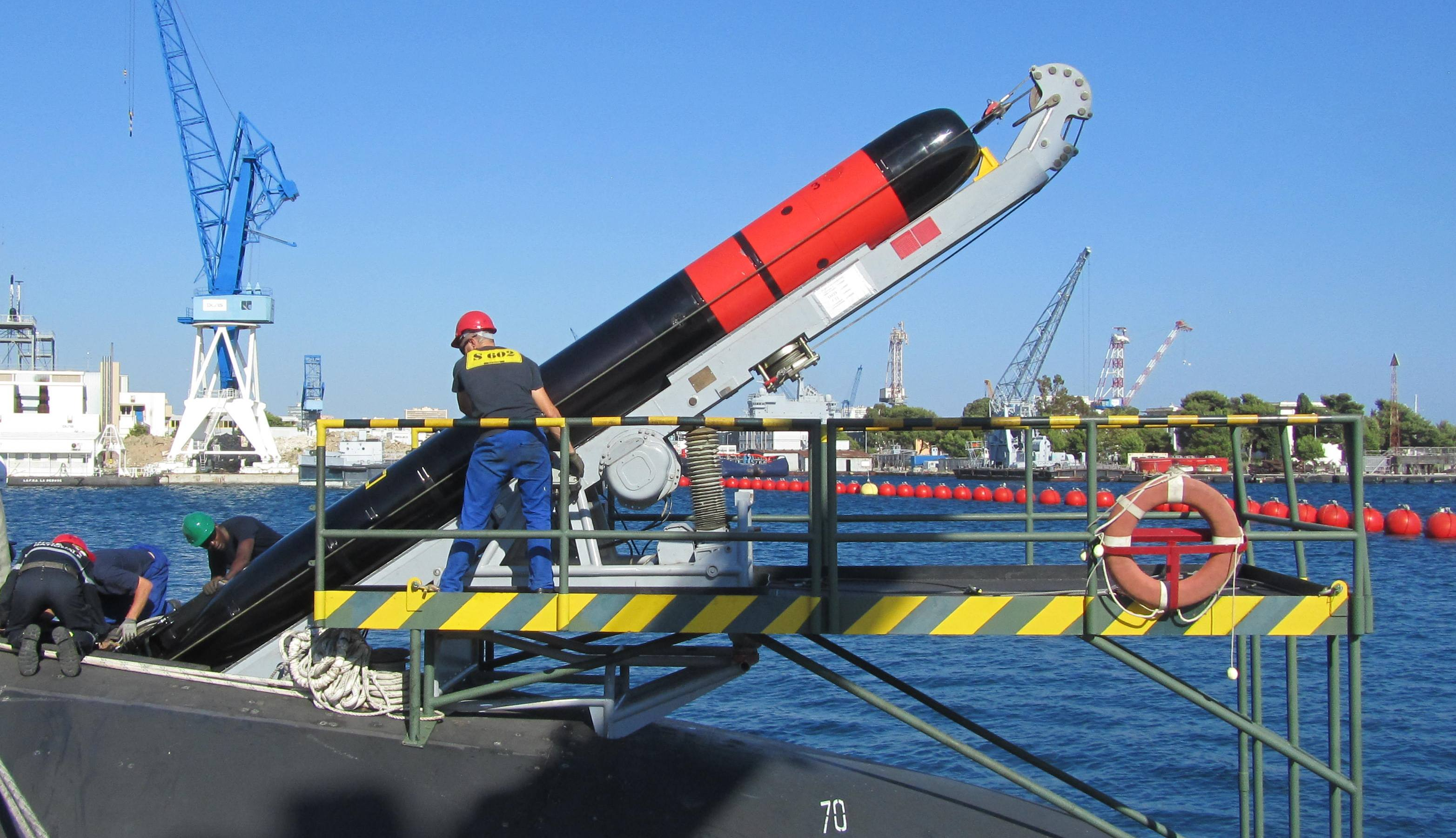 This new 1.2-ton torpedo can hit a target 31 miles away