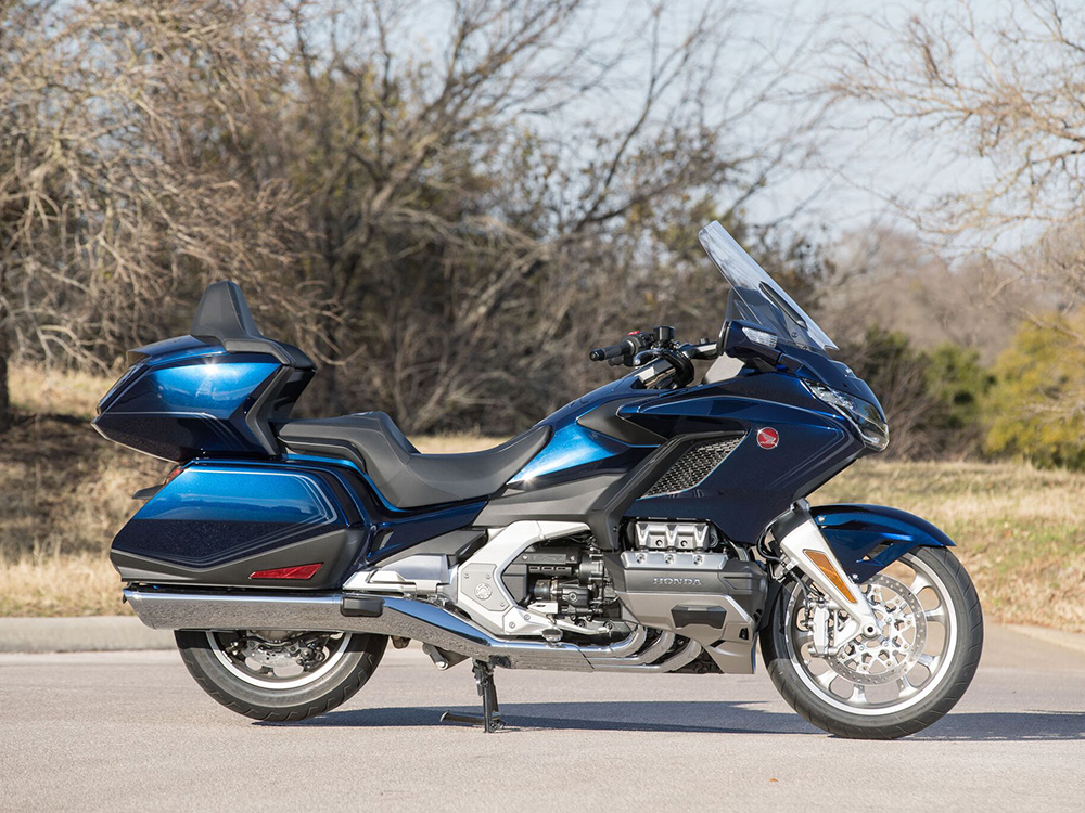 Honda's 2018 Gold Wing Tour Is Passenger Approved | Cycle World