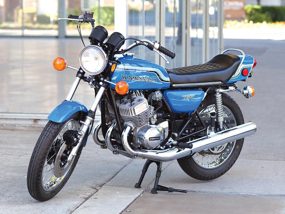 CLASSIC TWO-STROKE MOTORCYCLES: 1972 Kawasaki's Widowmaker