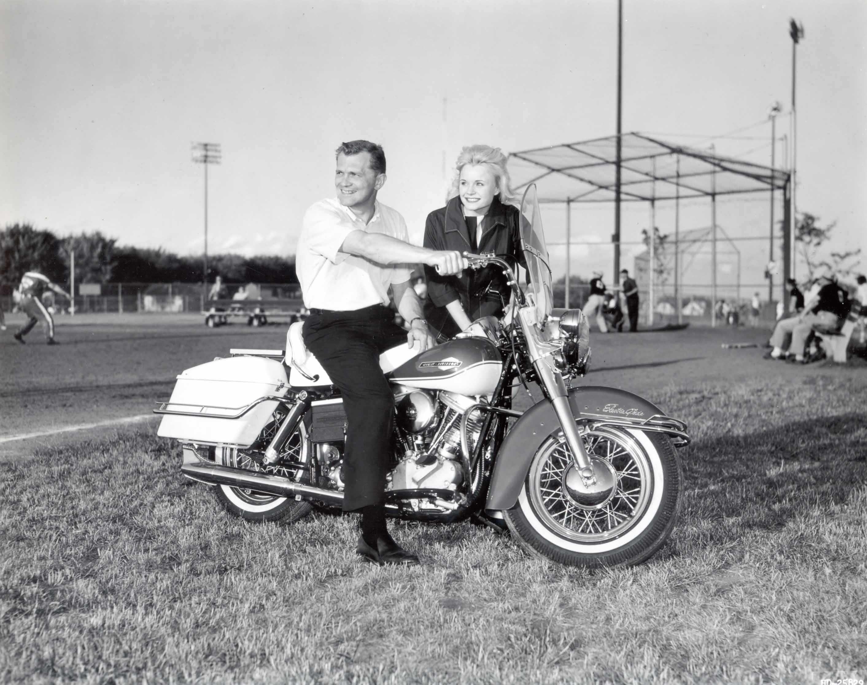 Harley-Davidson Shovelhead V-Twin Motorcycles - HISTORY OF THE BIG