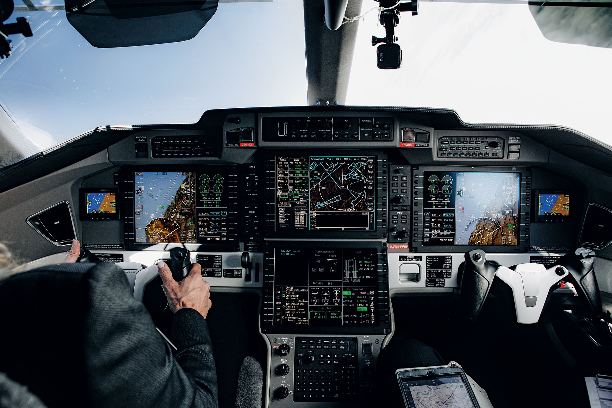 What It's Like to Fly the Pilatus PC-24 | Flying