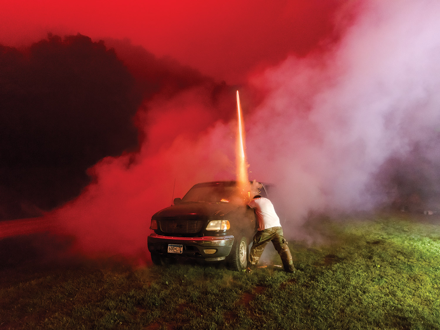 This pyrotechnics expert turned his Minnesota backyard into a DIY fireworks testing ground