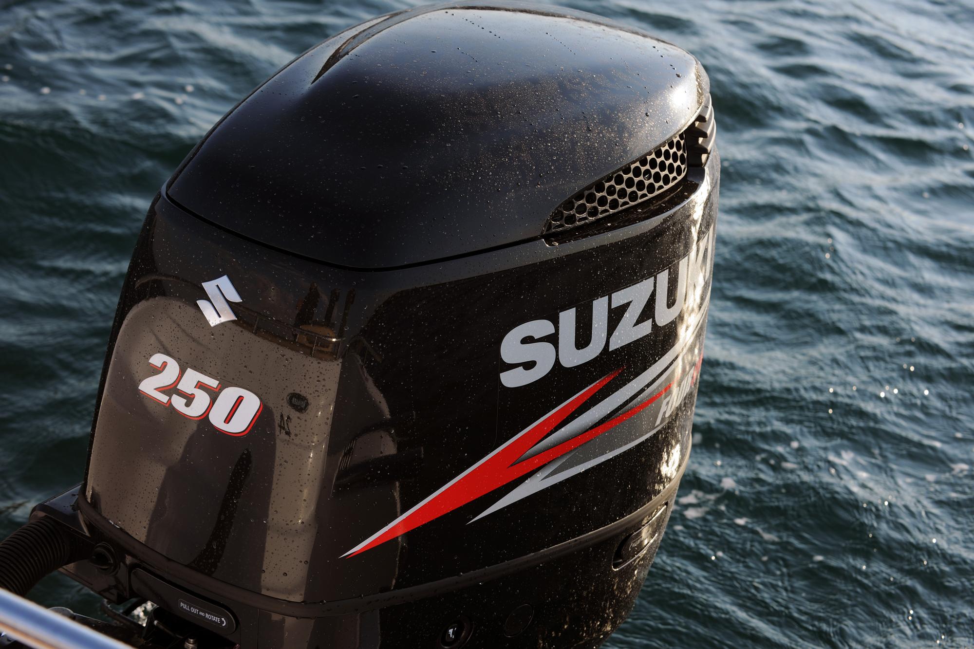 Outboard Motor Repair and Maintenance Tips | Salt Water