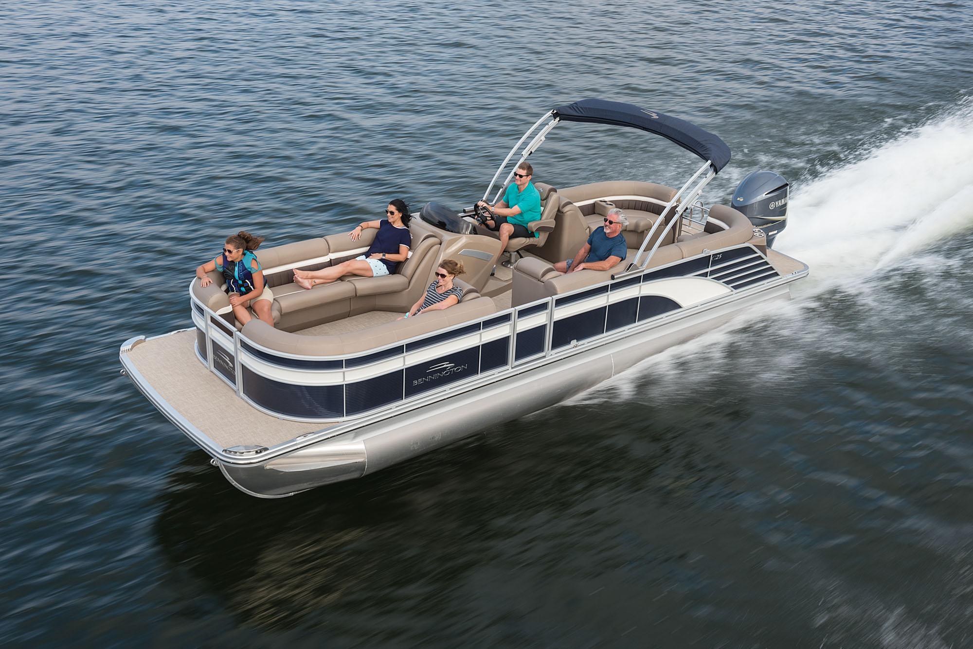 2019 Bennington G25 Fastback Boating Magazine
