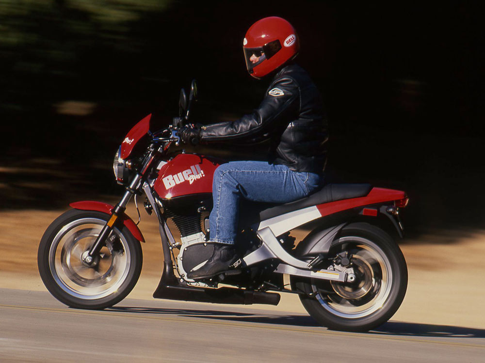 Riding Impression of the 2000 Buell Blast | Cycle World