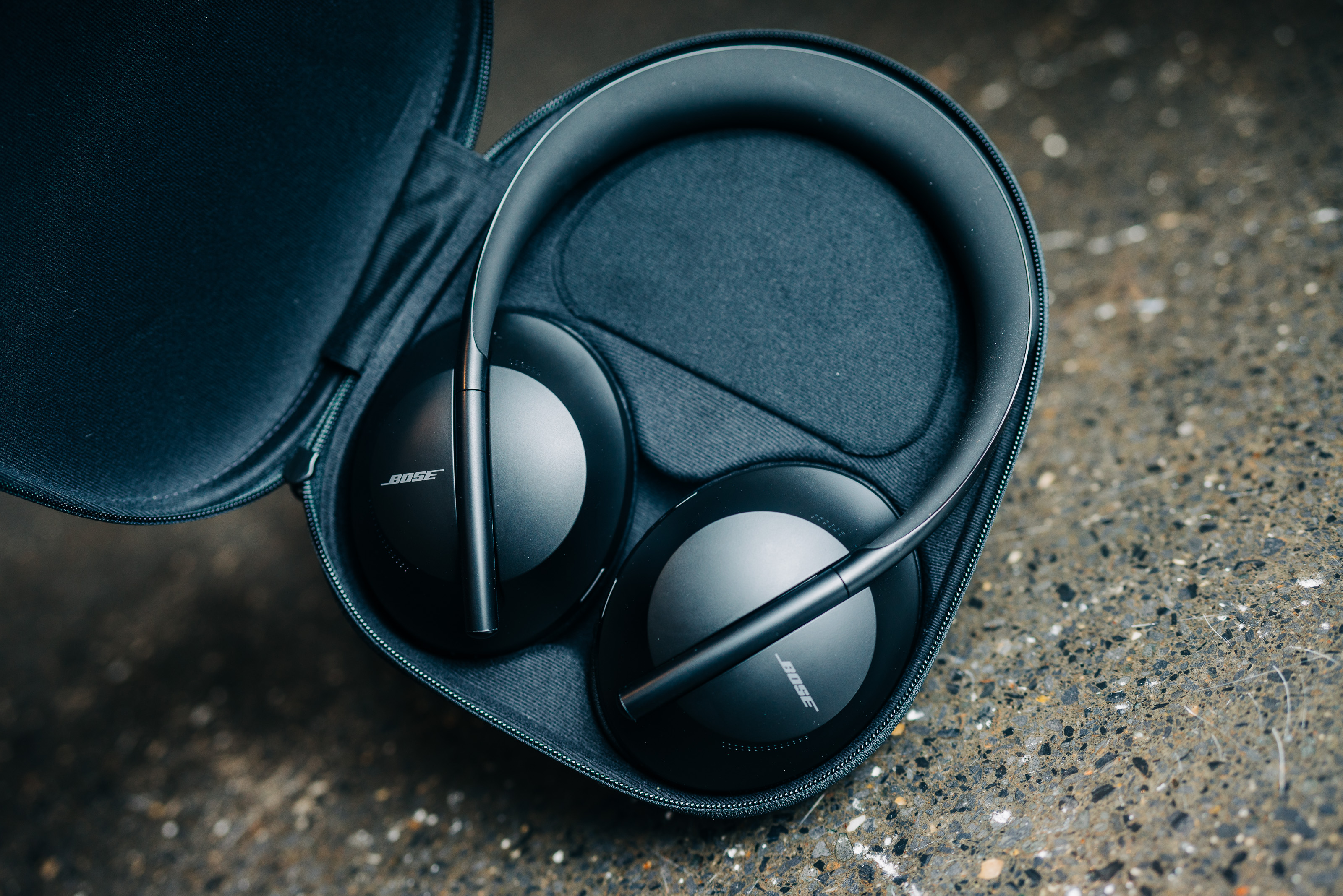 The Bose 700 headphones have the strongest noise-cancelling around