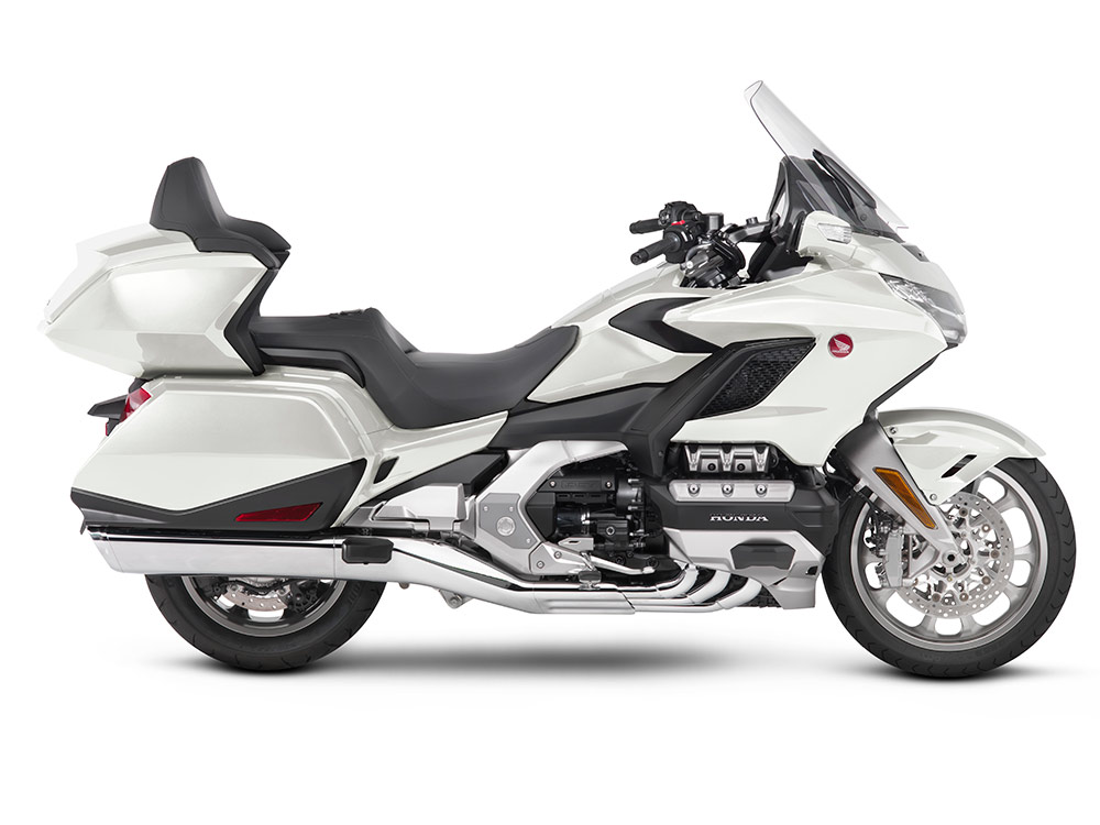 2018 Honda Gold Wing Touring Motorcycle Review | Cycle World